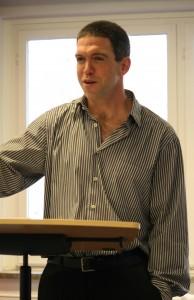Dr. David McNeill