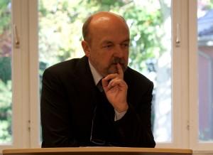 Dr. Ryszard Legutko
