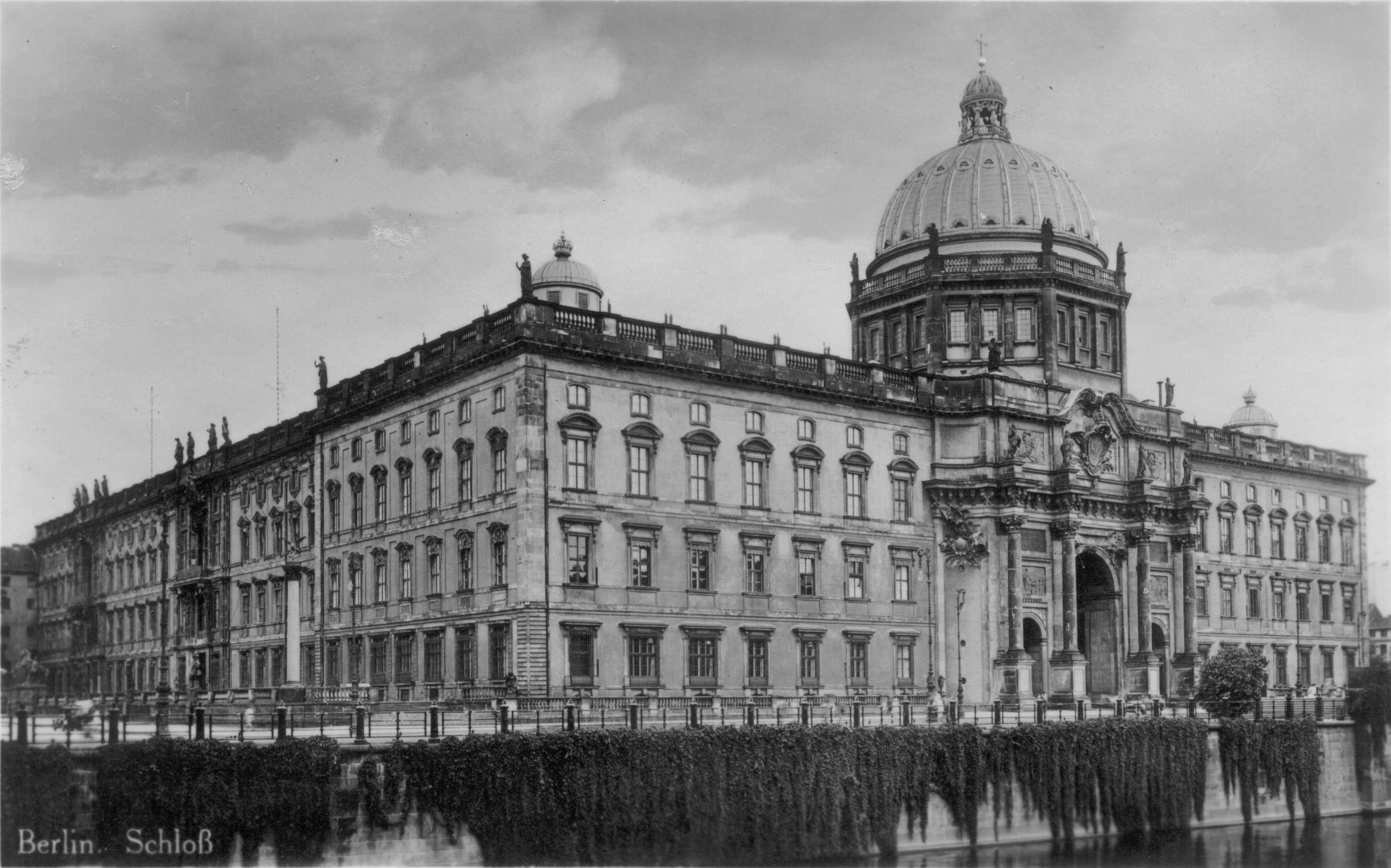 reconstruction of the berlin city palace stadtschloss berlin
