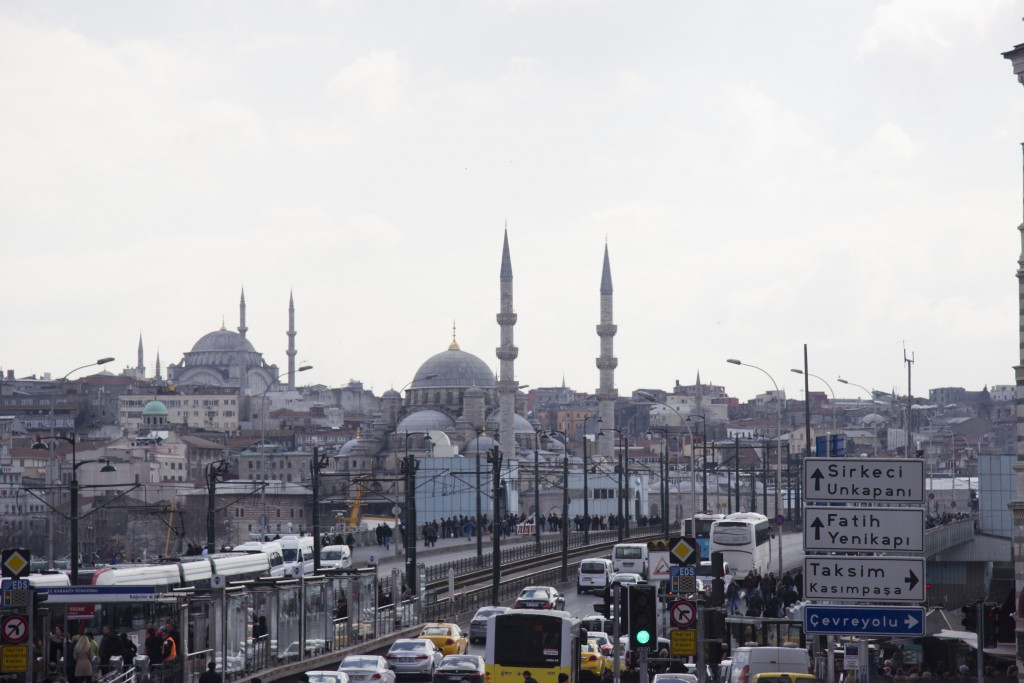 The streets of Istanbul are at all times crammed with cars. The traffic can be unbearably slow, but also a perfect opportunity to shoot silent stills of the city from the tour bus. Photo: Inasa Bibic