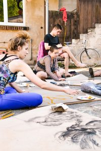 BCB Life Drawing club spills into the courtyard during Pankumenta, Spring 2018 (Photo by Vera Yung)